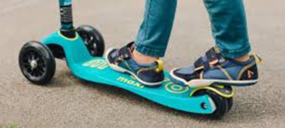 Best Hoverboard Light Up Shoes You can wear while riding